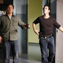 Don Eppes (Rob Morrow) e Colby Granger (Dylan Bruno) in un momento dell'episodio Ultimatum di Numb3rs