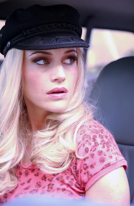 Carla Gugino In Una Scena Di Women In Trouble 138117