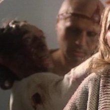 Catriona MacColl in una scena del film E tu vivrai nel terrore - L\'aldilà ( 1981 )