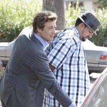 The Mentalist: Simon Baker e Reynaldo Gallegos nell'episodio Red Bulls