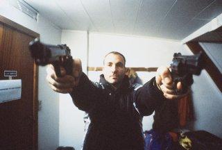 Una scena di PUSHER (Danimarca, 1996)
