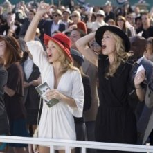90210: AnnaLynne McCord, Sara Foster e Ryan Eggold nell'episodio And Away They Go
