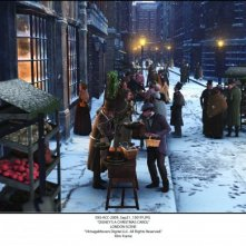 A Christmas Carol: una suggestiva strada di Londra immersa nella magia del Natale, così come si vede nel film di Zemeckis