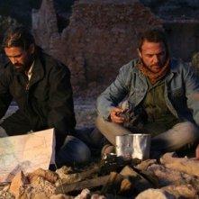 Colin Farrell e Jamie Sives sono i protagonisti di Triage, di Danis Tanovic
