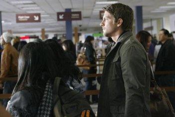 FlashForward: Zachary Knighton in una scena dell'episodio Believe