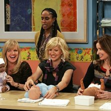 Accidentally on Purpose: Jenna Elfman, Ashley Jensen e Lennon Parham nell'episodio Class