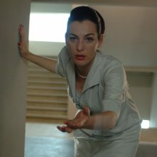Ayelet Zurer in una sequenza di Adam Resurrected