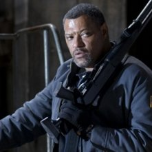 Laurence Fishburne in una scena del film Armored