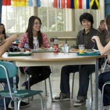 Michael Welch, Christian Serratos, Justin Chon e Anna Kendrick pranzano assieme nel film The Twilight Saga: New Moon