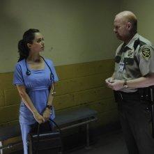 Dollhouse: Eliza Dushku e Glenn Morshower nell'episodio Meet Jane Doe