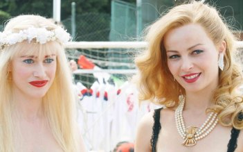 Violante Placido e Giorgia Wurth in una immagine di Moana.