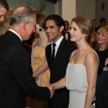 Carlo, principe d'Inghilterra, Reece Ritchie, Rose McIver e Michael Imperioli alla premiere di Londra di Amabili resti