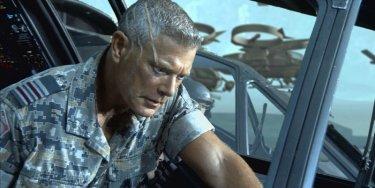 Una scena del film Avatar con l'attore Stephen Lang che interpreta il Col. Quaritch