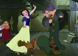 Il celebre ballo del film Biancaneve e i sette nani ( 1937 )