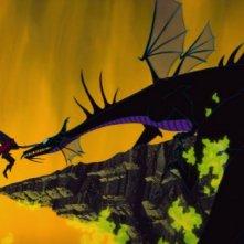 La terribile lotta tra il principe Filippo e la strega Malefica trasformata in drago ne La bella addormentata nel bosco