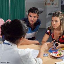 La ballata dei precari: Francesca Faiella e Stefano Macchi con Geppi Cucciari (di spalle) nell'episodio Ninna Nanna Ninna No!