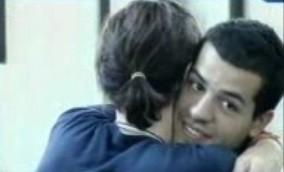 Grande Fratello 10, settima puntata: un tenero abbraccio tra Giorgio e Maicol