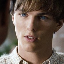 Nicholas Hoult in un'immagine dal film A Single Man di Tom Ford