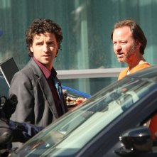 David Krumholtz (Charlie) riceverà aiuto dalla guest-star Fisher Stevens (John Buckley) nell'episodio Con Job di Numb3rs
