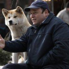 Il can Hachi sul set del film Hachiko