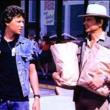 Terence Hill accanto a suo figlio Ross in una sequenza del film Renegade - un osso troppo duro