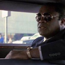 Yaphet Kotto è l\'agente FBI Alonso Mosely nel film prima di mezzanotte