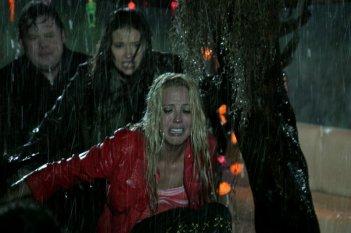 Mercedes McNab in una scena di Hatchet