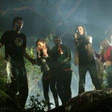 Mercedes McNab, Joel Moore, Deon Richmond, Parry Shen, Tamara Feldman e Joleigh Fioravanti in una scena di Hatchet