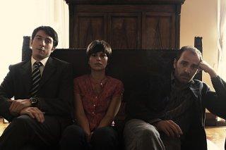 Paolo Ruffini, Valerio Mastandrea e Claudia Pandolfi in una scena de La prima cosa bella