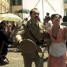 Sergio Albelli e Micaela Ramazzotti in una scena de La prima cosa bella