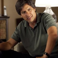 Ray Romano in una scena della serie Men of a Certain Age