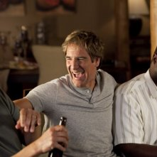 Ray Romano, Scott Bakula e Andre Braugher in una scena della serie Men of a Certain Age