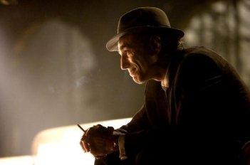 Daniel Day-Lewis in una scena del musical Nine