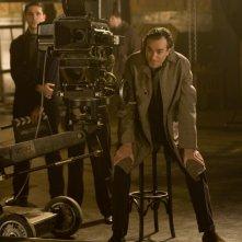 Daniel Day-Lewis nei panni del regista nel film Nine