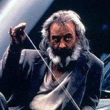 Emilio Echevarria in una scena del film Amores Perros