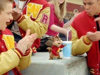 Alvin in una scena del film Alvin Superstar 2