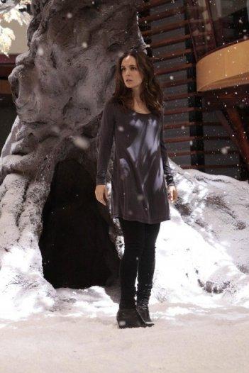 Dollhouse: Eliza Dushku nell'episodio The Attic
