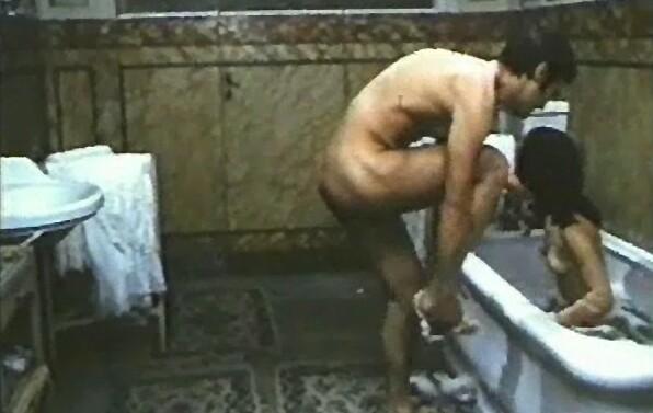 Agostina Belli In Una Scena Calda Del Film Quando L Amore E Sensualita 142529