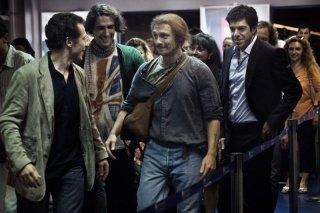Stefano Accorsi, Marco Cocci, Giorgio Pasotti e Pierfrancesco Favino in una scena del film Baciami ancora