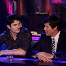 James Lafferty discute con Paul Johansson nell'episodio Now You Lift Your Eyes to the Sun