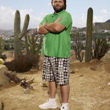 Tyler Labine in una foto promozionale della serie Sons of Tucson