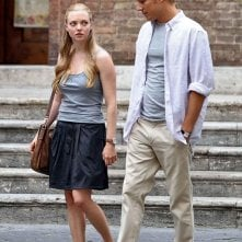Amanda Seyfried e Christopher Egan in un momento del film Letters to Juliet
