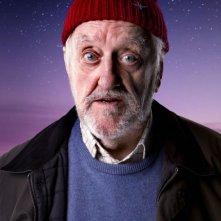 Doctor Who: Bernard Cribbins in una foto promozionale per lo speciale The End of Time