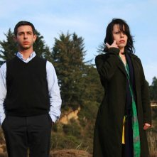 Jeremy Strong e Fairuza Balk in una scena del film Humboldt County