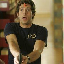 Zachary Levi in un flashback alla Stanford nell'episodio Chuck vs. L'Alma Mater