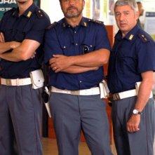 Claudio Amendola, Antonio Catania e Gabriele Mainetti in un'immagine del primo episodio di Tutti per Bruno