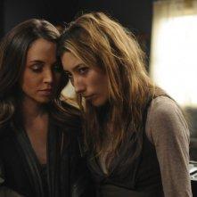 Dollhouse: Dichen Lachman ed Eliza Dushku nell'episodio Epitaph Two: Return