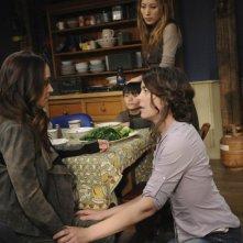 Dollhouse: Olivia Williams, Dichen Lachman ed Eliza Dushku in una scena dell'episodio Epitaph Two: Return