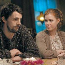 Matthew Goode e Amy Adams in un'immagine tratta dalla commedia Leap Year