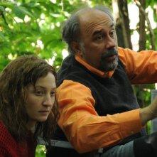 Alba Rohrwacher con il regista Giorgio Diritti sul set de L'uomo che verrà